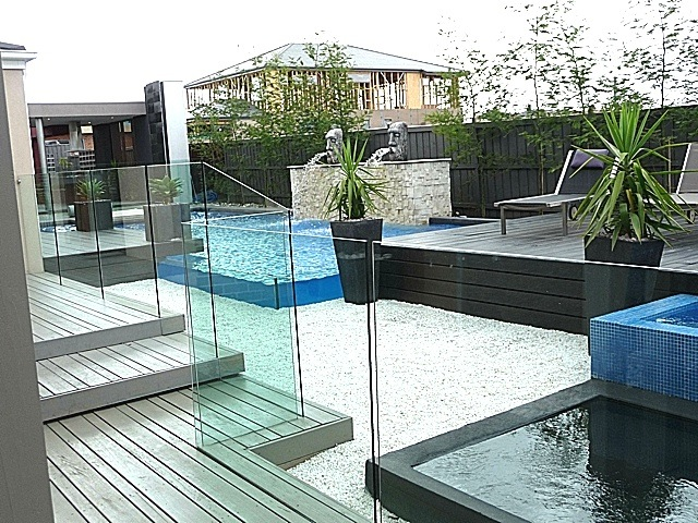 Frameless Glass Fencing Semi Frameless Pool Fence Glass Panel Child Safety Swimming Pool Fencing